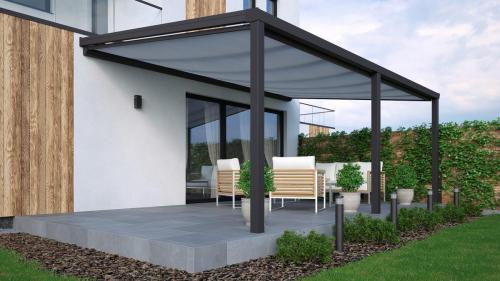Terrassendach mit Unterdachmarkise